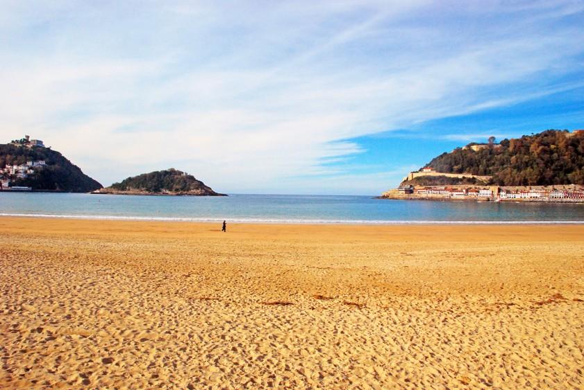Concha pláž v San Sebastian, Španělsko