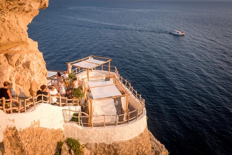 Klub Cova d'en Xoroi, Menorca