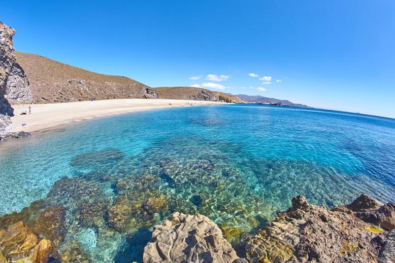 Playa de los Muertos, španělsko