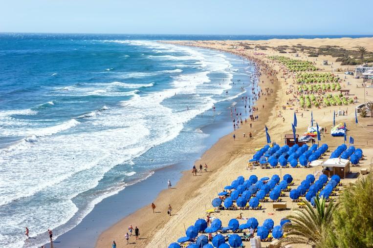 pláž Playa del Ingles. Maspalomas. Gran Canaria