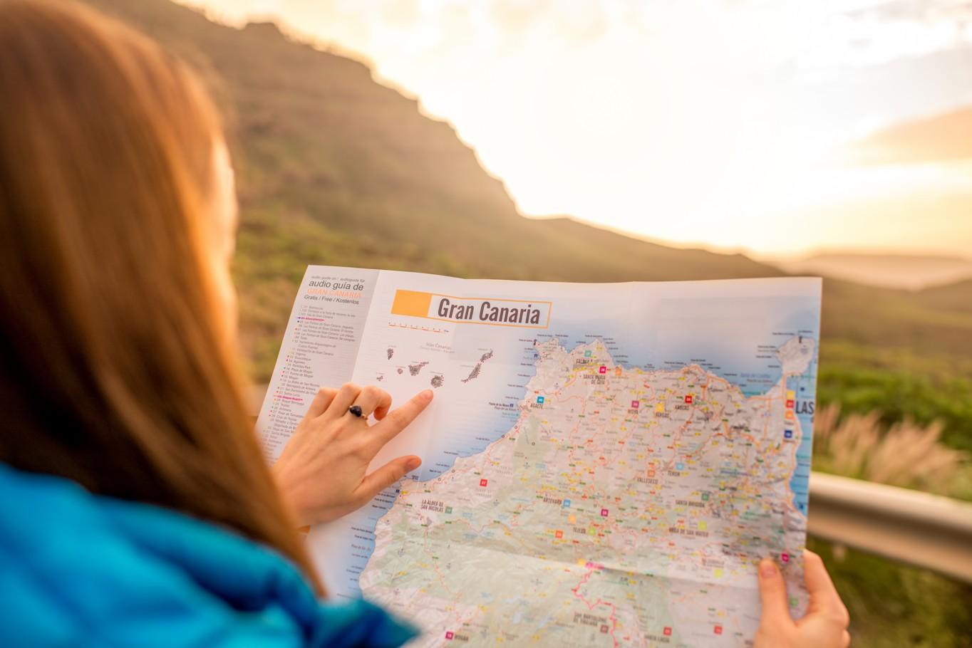 dívka s mapou, Gran Canaria