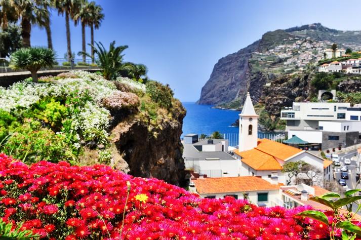Camara de Lobos, malé rybářské vesnici na ostrově Madeira