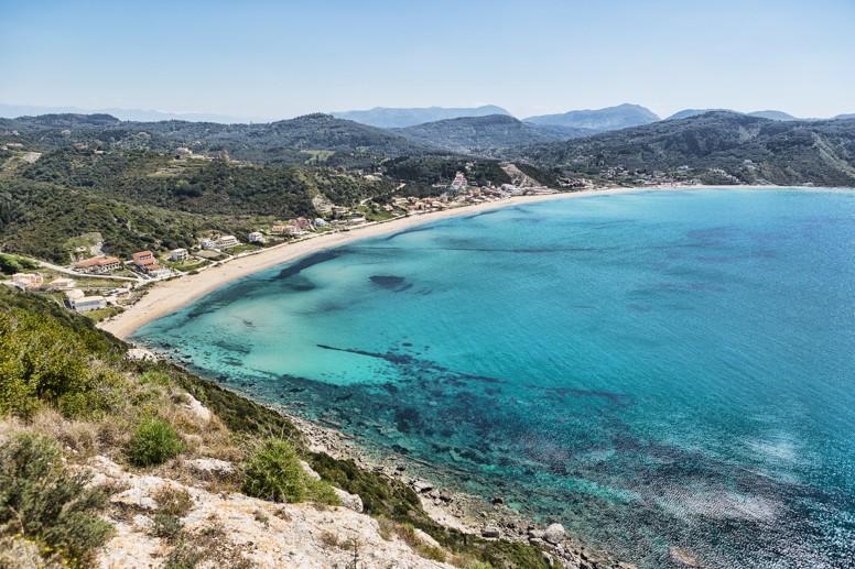 Pláž Agios Georgios, ostrov Korfu