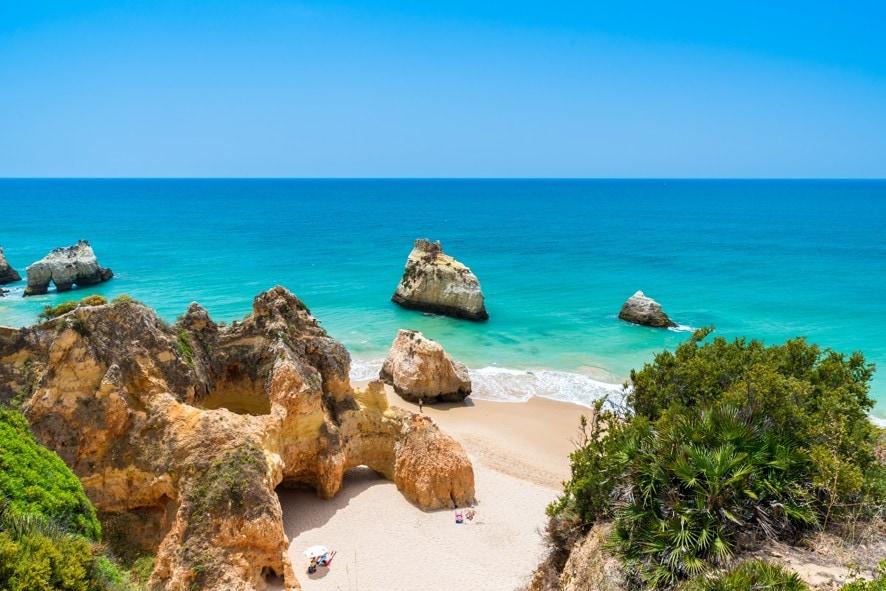 Praia dos Três Irmãos, Portugalsko