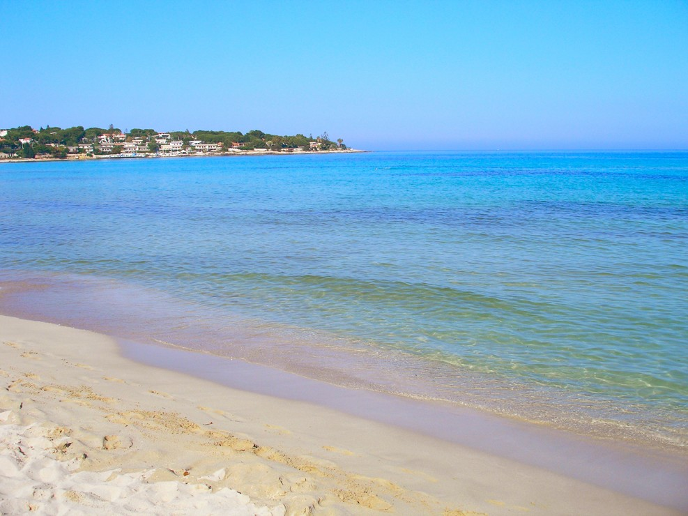 The beach in Fontane Bianche, Sicílie