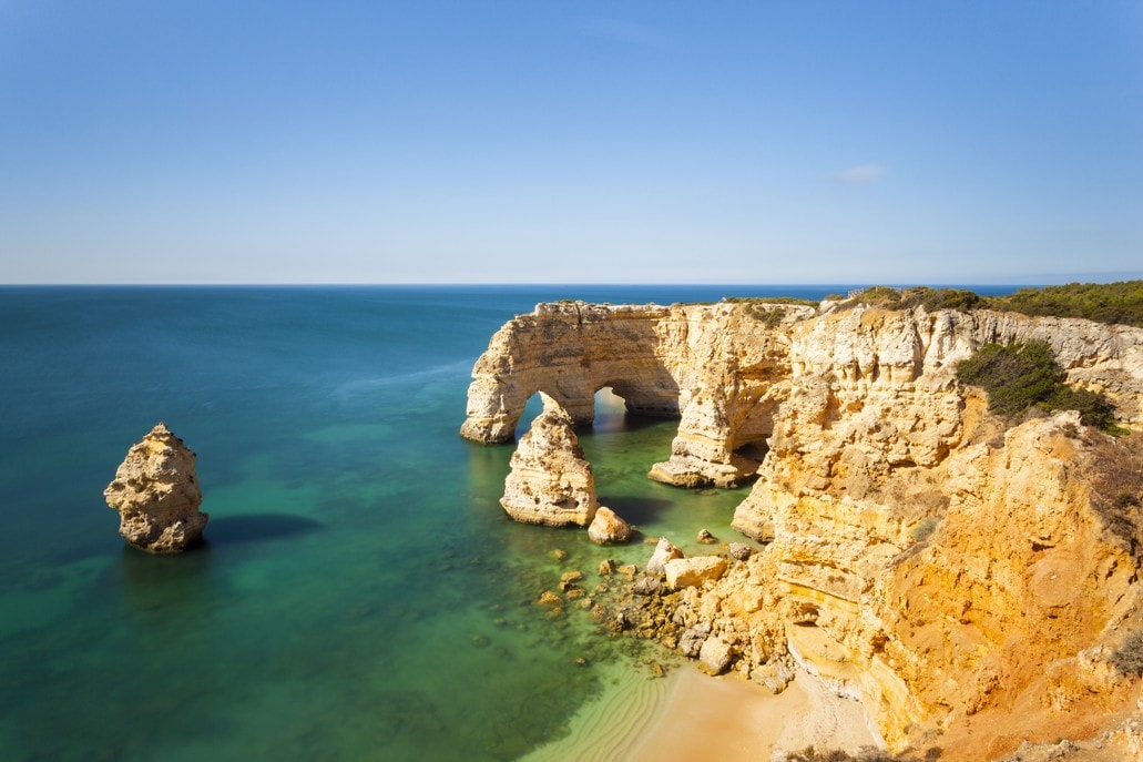 pláž praia da Marinha, Lagoa, Algarve Portugalsko